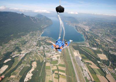 Skydiving in VR
