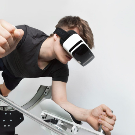 WALKING, EXERCISING & DECORATING IN AR & VR